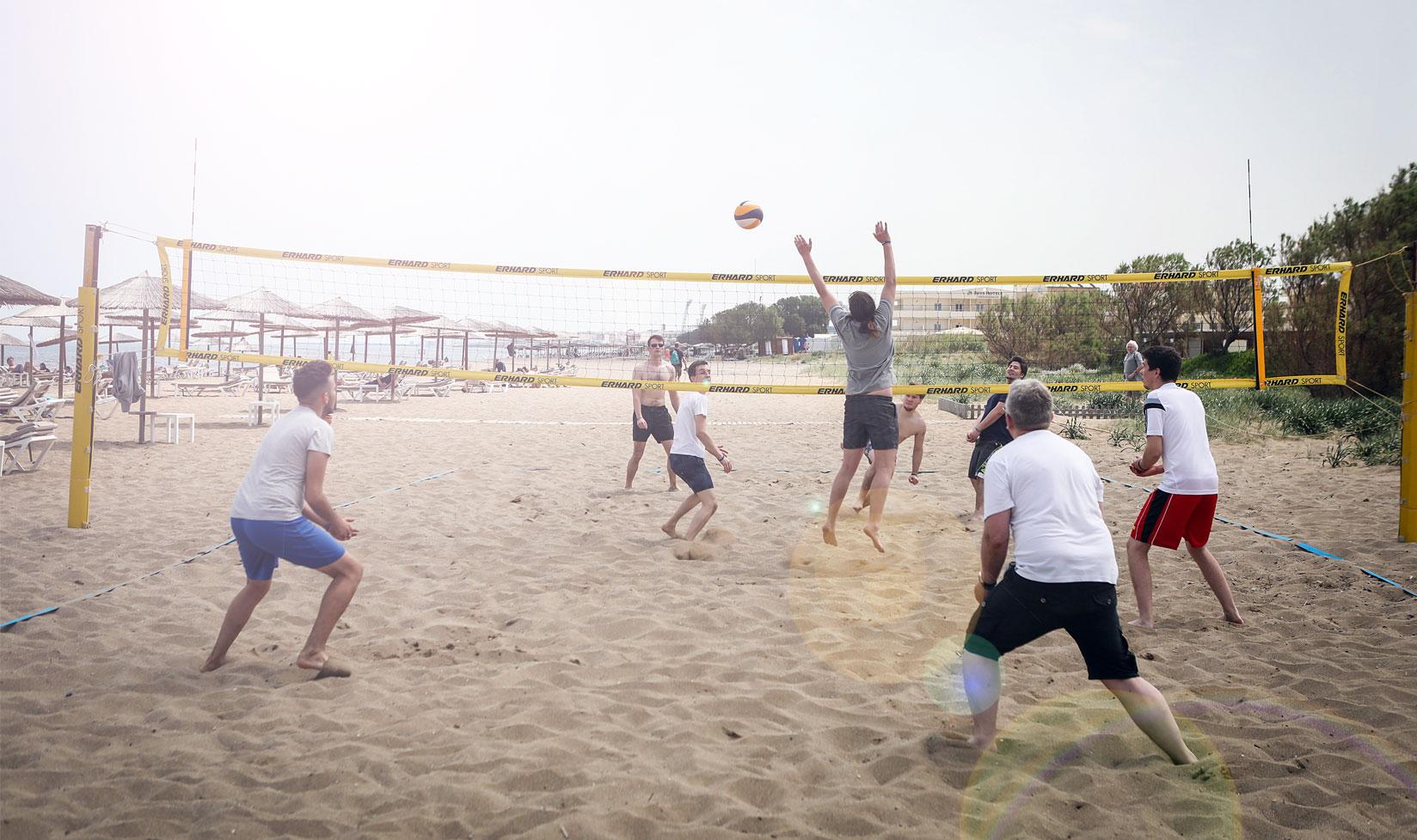 Menschen Beachvolleyball Firmenjubiläum